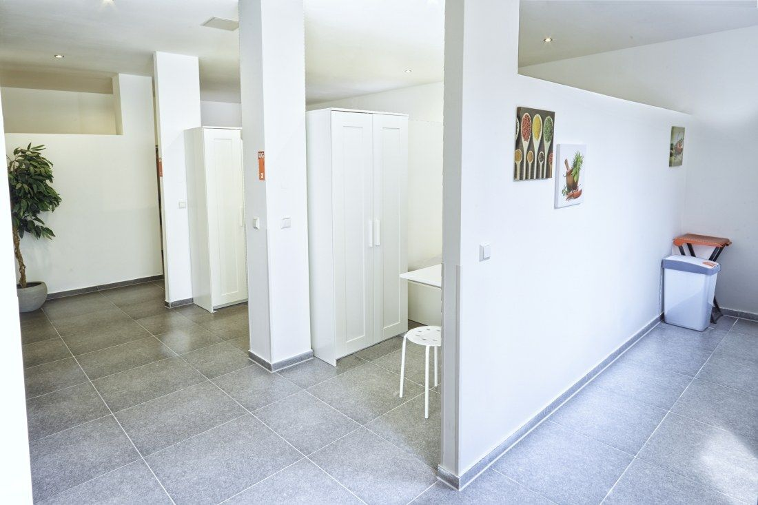Kemnater Apartments: Shared room Stuttgart - corridor to the individual furnished rooms