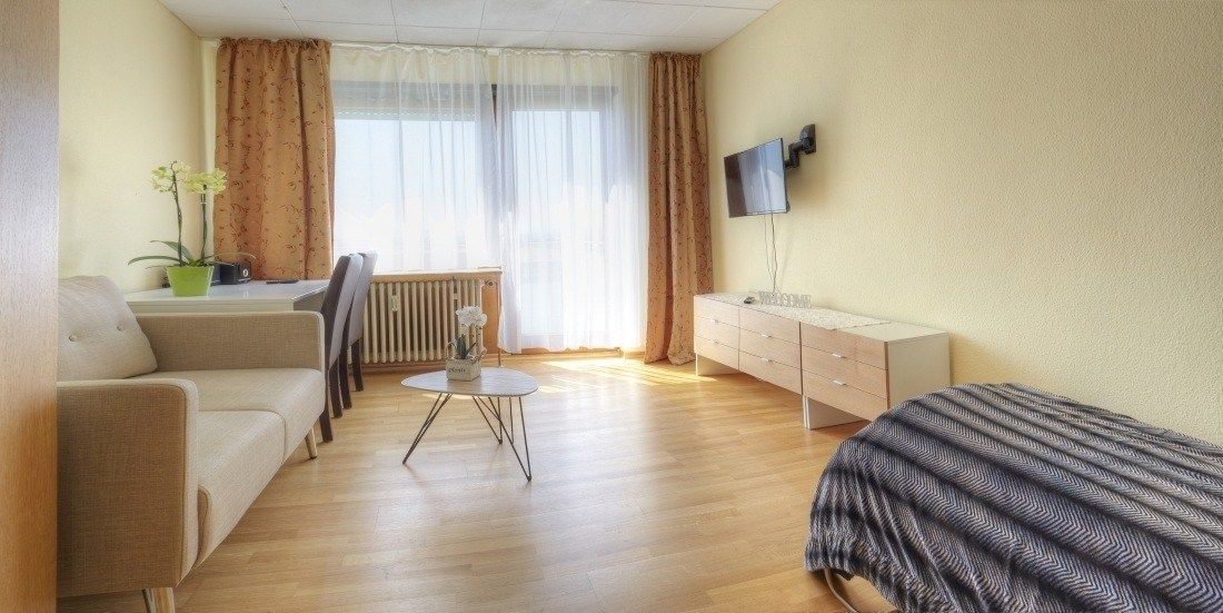 Kemnater Apartments: Apartment with single bed - temporary living Stuttgart - furnished room